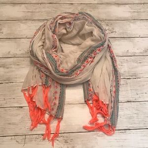 American Eagle Outfitters Tribal Scarf NWOT